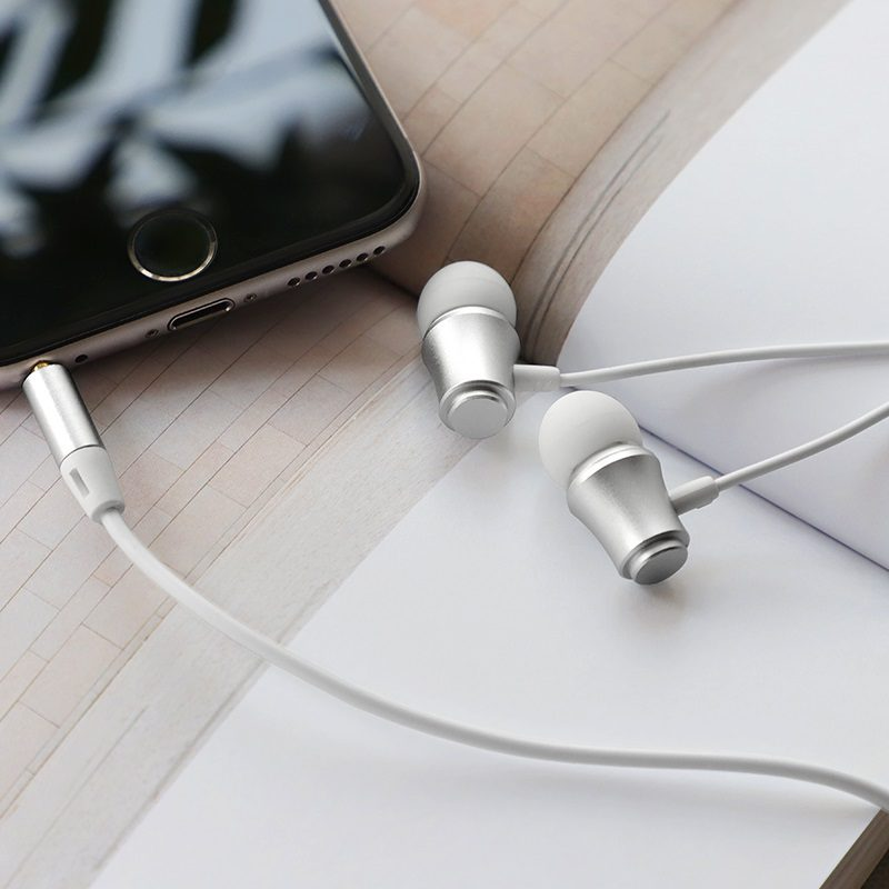 Wired earphones BM29 Gratified