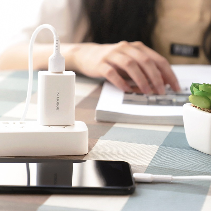 borofone ba33 fast joy single port charger set with lightning cable charging